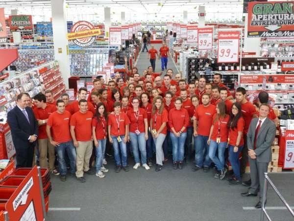 Media Markt recibe 4.000 solicitudes de trabajo para 83 puestos en Lleida