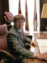 El mantenimiento del empleo y servicios básicos marcarán los presupuestos del Ayuntamiento de Soria para 2013