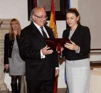 Cospedal, presidenta de honor de la Fundación César Egido Serrano