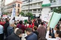 Más de 5.000 personas se movilizan en toda Andalucía contra los