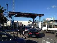 La Policía del Peñón desvía a los conductores españoles a una cola diferente de la frontera