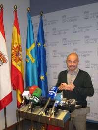 IU-LV critica que Foro pague a la banca 23 millones en 2013 frente a los 16 previstos de inversión