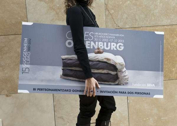 El Guggenheim de Bilbao llenará la ciudad de 150 entradas gigantes para visitar la muestra del escultor Claes Oldenburg