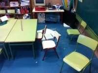 Cae una placa de escayola del techo de un aula de Infantil del CEIP Cervantes