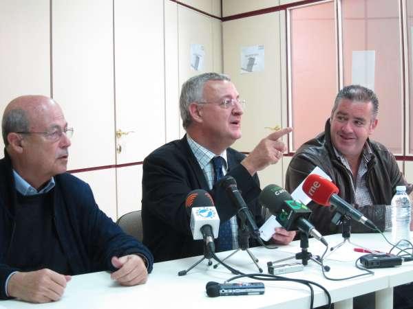 Caldera (PSOE) pide una alianza de gobiernos en la UE contra la política