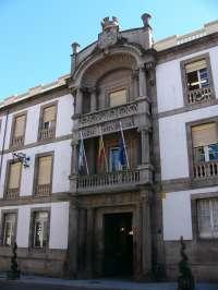 La oposición en la Diputación de Ourense denuncia su desinformación sobre los despidos y prevé que
