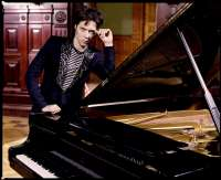 Rufus Wainwright presenta este viernes en el Kursaal de San Sebastián su último disco, 'Out of the game'