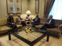 Pedro Sanz transmite al nuevo delegado saharaui en La Rioja