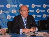 Alcalde confía en que la plantilla de Emtusa entienda que
