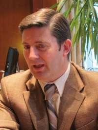 El delegado del Gobierno advierte de que los ayuntamientos que abonen la extra podrían incurrir en