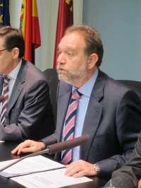 La Consejería de Educación decidirá si convoca oposiciones antes de que finalice diciembre