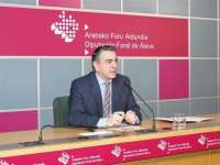 De Andrés descarta la retirada del proyecto presupuestario y dice que
