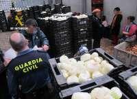 La Guardia Civil desmantela un almacén clandestino de elaboración de productos hortícolas en Ceutí