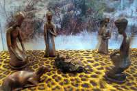 Una decena de belenes de África se muestra en el Palacio de La Salina en Salamanca