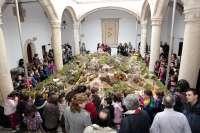 Unas 150 figuras en 60 metros cuadrados reproducen el Belén Monumental de la Diputación de Cáceres