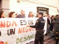 Los jueces de Lleida estudian paralizar desahucios por hipotecas de primera vivienda