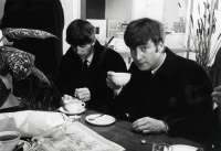 Una exposición de 35 fotografías recuerda el 50 aniversario de The Beatles en la sala Conde Rodezno de Pamplona