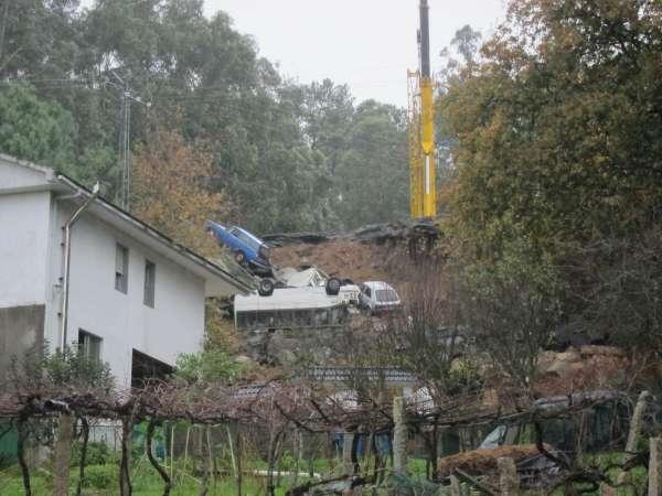 Ayuntamiento de Vigo ordenó el cese de actividad de la empresa donde cayó el muro por no tener licencia