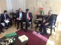 Valderas traslada la solidaridad del pueblo andaluz a la Autoridad Nacional Palestina y la invita a visitar Andalucía