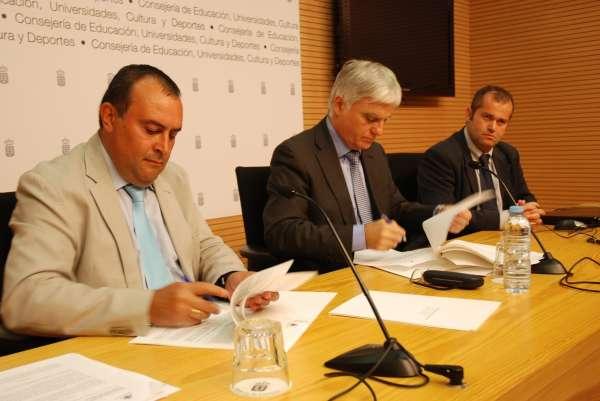 Fecam y Apmun colaborarán en la prestación de servicios de información territorial a los ayuntamientos canarios