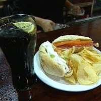 El 58% de los vecinos de Murcia comen fuera de casa, a un precio medio de 10 euros, según un estudio de FUCI