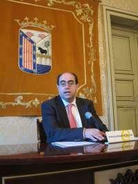 El consejero del Banco CEISS Fernando Rodríguez cree que la solución