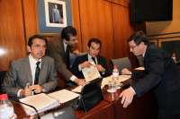 Carrasco asegura que hay directivos de la RTVA que cobran más Griñán y que ello cumple la ley