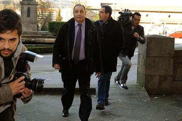 Un jefe de servicio de la Diputación de Ourense se reafirma en la urgencia de los contratos de Baltar