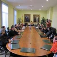 La DGT se reúne con víctimas de accidentes de tráfico para impulsar la unidad de coordinación de servicios en Asturias