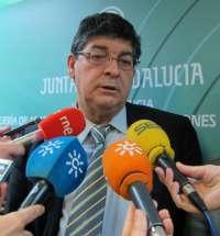Valderas confía en que la Fiscalía intervenga ante posibles privatizaciones ilegales de agua en la provincia