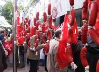 Los sindicatos organizan una 'chorizada' popular contra los recortes en servicios públicos y la corrupción