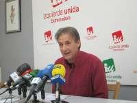 Escobar (IU) invita a Rajoy a pensar en una convocatoria de elecciones anticipadas por