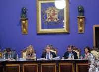 La mayoría absoluta del PP permite aprobar inicialmente un presupuesto municipal
