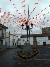 El alcalde de Villamayor pide en un bando a sus vecinos que engalanen sus casas ante la visita de Vicente del Bosque
