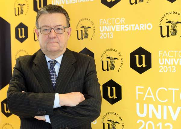 'Factor Universitario' se clausura con una conferencia de Rodríguez de Miñón y la declaración de debate abierto