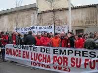 Trabajadores de Sniace convocan concentraciones para este martes y para todos los jueves y manifestaciones los viernes