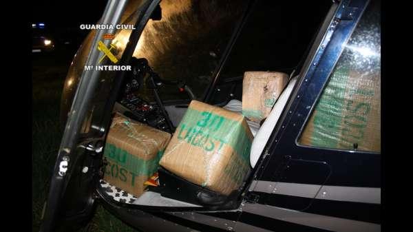 Detenidas tres personas e interceptadas dos aeronaves que usaban para el tráfico de droga