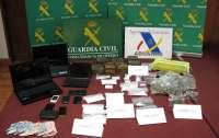 Guardia Civil y Vigilancia Aduanera desarticulan tres grupos criminales dedicados al narcotráfico en Asturias