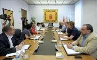 Mesa y Junta abordarán este lunes la solicitud de comparecencia de Miguel Sanz para informar sobre Caja Navarra