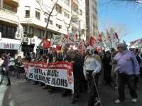 Medio millar de personas se manifiestan en Palma en contra del paro y la corrupción