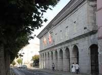 La reforma de la Administración Local, Valdecilla y el canon de saneamiento, ejes del Pleno del lunes