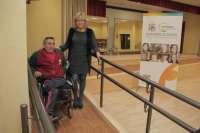 El Ayuntamiento ejecuta obras de accesibilidad para minusválidos en los centros cívicos