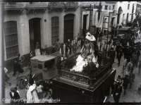 El Archivo General de Andalucía muestra fotos de Fernando Carmona sobre las fiestas de primavera en 1930