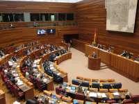 Las Cortes aprobarán la Ley de instituciones propias que limita a cuatro años y dos mandatos las presidencia