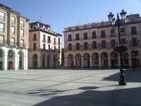 La 30 edición de la Feria del Libro de Huesca podría desarrollarse en la Plaza López Allué