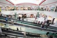 Los Arcos acoge la primera 'Night Out' que se organiza en un centro comercial de Andalucía