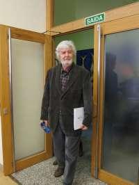 Beiras registra su declaración de bienes, que no será publicada hasta que vuelva a reunirse la Mesa del Parlamento