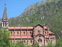 El plan de transporte a Lagos de Covadonga fue utilizado por 7.570 personas en Semana Santa
