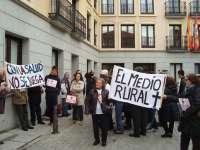 Vecinos de Ayllón (Segovia) presionan para que se reabran las urgencias nocturnas tras rectificar en la ESO Rural