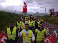 Los mineros de Aznalcóllar llegan a Santiponce en la segunda etapa de su marcha y recaban el apoyo ecologista